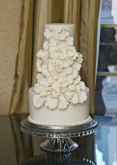 Browse the most creative and pretty wedding cake photos and designs for a sweet and unique dessert table come your big day. Happy Pinning!