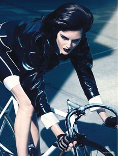 rush hour : hilary rhoda for vogue germany august 2014