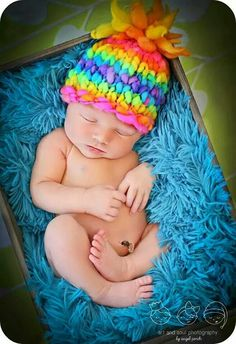 Bright, bold, sunburst hat :) love it! Get it on Etsy! Etsy listing at https://www.etsy.com/listing/159970903/knitted-infant-hat-baby-beanie-electric
