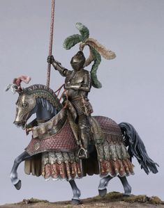 Historic pewter miniatures. KNIGHT in ARMOUR, 16th century CEREMONIAL