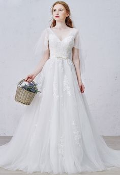 Shop affordable graceful a-line v-neck sweep train tulle wedding dress with appliques lace online. Free Shipping and Custom-made. Pro since 2009.