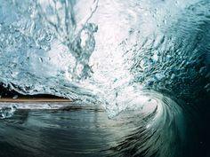b0b7b8c108 SURF Y OLAS. FOTO MAXWELL GIFTED EN UNSPLASH - SURFER RULE