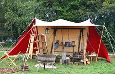Google Image Result for http://naturemoms.com/blog/wp-content/uploads/2011/08/camping-kitchen.jpg
