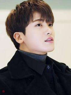 """Képtalálat a következőre: """"park hyung sik"""" Park Hyung Sik, Asian Celebrities, Asian Actors, Korean Actors, Celebs, Park Hyungsik Lockscreen, Park Hyungsik Cute, Park Hyungsik Strong Woman, Ahn Min Hyuk"""