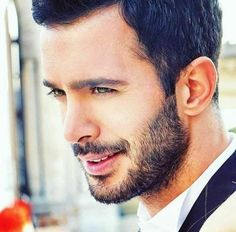 (*) Hashtag #BarışArduç su Twitter Turkish Men, Turkish Beauty, Turkish Actors, Turkish Coffee, Handsome Celebrities, Hot Actors, Big Love, Best Actor, Facial Hair