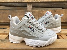 761286a81dde Gray foreign trade original single American authentic Fila FILA DISRUPTOR 2  generation-10618484 Whatsapp 86 17097508495. Louzie Hapunkt · Schuhe