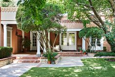 Mix and Chic: A fresh and elegant El Paso home!