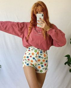 casual date ideas Retro Outfits, Vintage Outfits, Cool Outfits, Teen Fashion, Fashion Outfits, Aesthetic Clothes, Ideias Fashion, My Outfit, Style Inspiration