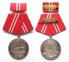 1960-1989 DDR - Orden und Abzeichen GERMAN DEMOCRATIC REPUBLIC medal 15 Years in…