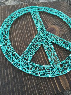 MADE TO ORDER String Art Peace Sign by TheHonakerHomeMaker on Etsy