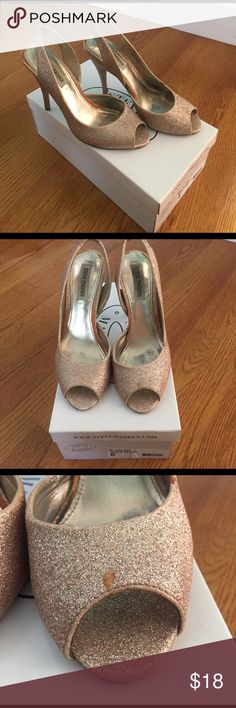 Steve Madden Rose gold glitter heels Worn 3 times. Unfortunately a bit of scuffing... nothing that couldn't be repaired. Selling them for cheap because of this reason. Steve Madden Shoes Heels