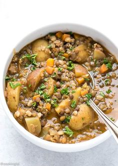 Wholesome and healthy lentil and potato soup recipe. Need recipes and ideas for weeknight meals, dinners, or even lunches? This soup or stew is full of plant based proteins. Great for families with kids or adults. This comfort food made with pulses i Healthy Recipes, Whole Food Recipes, Vegetarian Recipes, Cooking Recipes, Vegan Soups, Recipes Dinner, Vegetarian Stew, Fast Recipes, Family Recipes