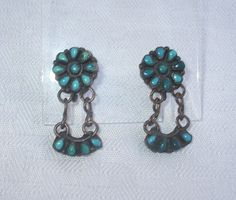 Heavy Vintage NAVAJO Sterling Silver TURQUOISE Cluster Petit Point Cuff BRACELET