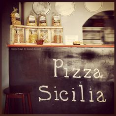 Pizza store ideas // pizzeria interior design // pizzeria interior styling // karavasilidesign