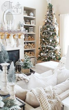 christmas farmhouse and cottage decor and decorating ideas for the living room christmas living room