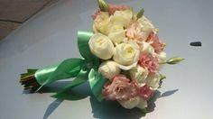 Mint ribbon on wedding bouquet