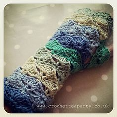 Wave Stitch Fingerless Gloves by Crochet Tea Party