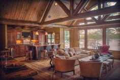 Bay Lake log home constructed by Lands End Development of Crosslake, MN.