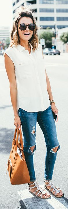 fun + simple with skinny jeans and white blouse