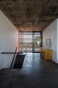Apartment in Binh Thanh by Sanuki Daisuke Architects (SDA), Ho Chi Minh City, Vietnam Brick Architecture, Architecture Details, Interior Architecture, Interior Design, Loft House, Living Styles, Minimalist Decor, Small Apartments, Home And Living