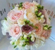 Soft pink, lilac and creme summer wedding flowers