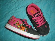 http://www.ebay.com/itm/DC-TODDLER-GIRLS-COURT-GRAFFIK-ELASTIC-UL-SHOES-8-0-Box-BLACK-GRAPHIC-/400772073975?pt=US_Childrens_Shoes