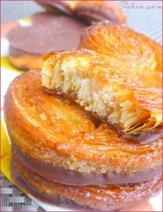 """Palmiers avec ou sans chocolat de """"Perle en sucre"""" Desserts With Biscuits, Biscotti Cookies, Yummy Food, Tasty, Happy Foods, French Pastries, Tea Cakes, Finger Foods, Food Videos"""