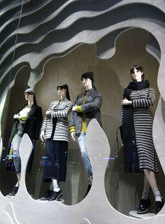 www.retailstorewindows.com: H&M, London