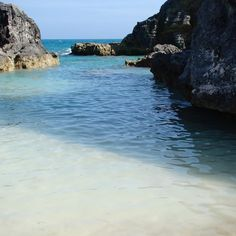 Horseshoe Bay Bermuda #bermuda #wearebermuda #GoToBermuda #ahhbermuda #nofilterneeded #beach #blue #water #vacation #travel # #travelandleisure by docsirishpub