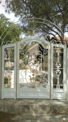 Yazlık Ferforje Bahçe Kapısı