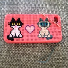 Cross stitched kitty iphone case 2012 and like OMG! get some yourself some pawtastic adorable cat apparel! Diy Phone Case, Iphone Cases, Adventure Time Pictures, Craft Projects, Project Ideas, Craft Ideas, Cross Stitching, Needlepoint, Cross Stitch Patterns