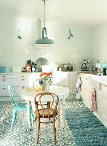 Cómo pintar y decorar un mueble blanco con efecto envejecido. | Mil Ideas de Decoración