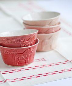 Mia Blanche Ceramics by decor8, via Flickr