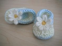 Crochet Pattern - Baby Sweet Daisies booties on Etsy, $2.99