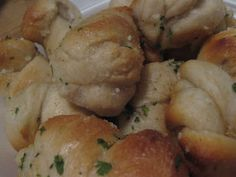 C&O Garlic Knots | The Definitive Ranking Of Free Restaurant Bread