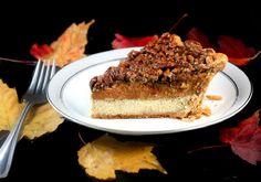 Three Pies in One - Cheesecake Pumpkin Pecan Pie. A cheesecake layer topped with a pumpkin pie layer topped with a pecan pie layer, aka Chumpcan Pie! Pumpkin Pecan Cheesecake, Cheesecake Pie, Cheesecake Recipes, Plain Cheesecake, Pumkin Pie, Pumpkin Dessert, Pumpkin Recipes, Pie Recipes, Dessert Recipes