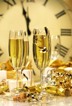 Happy New Year champagne Congratulations Images, Happy New Year 2014, Year 2016, Happy 2015, Auld Lang Syne, New Year Celebration, Lets Celebrate, New Years Eve Party, Christmas And New Year
