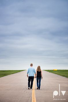http://www.photolavie.com Allison JT engagement session Arlington Texas airport plane runway spring summer outdoors blue couple wedding DFW Dallas Fort Worth Sarah Whittaker Photo La Vie