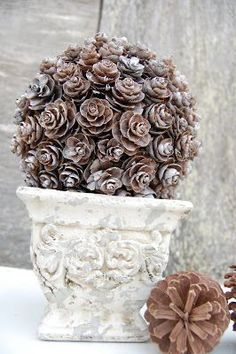 40+ Creative Pinecone Crafts for Your Holiday Decorations --> Pinecone Topiray