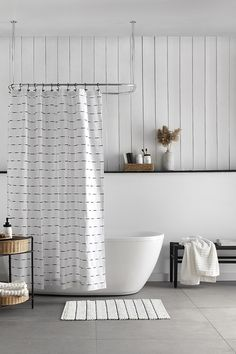 Injecting a classic graphic design into your bathroom is simple when you've got stylish decor like this easy-care shower curtain in the mix. Machine wash and dryable, it's an excellent choice for humid areas like your bathroom. Style your decor with matching towels and accessories to draw on this on-trend colour palette. Mason Jar Tumbler, Mason Jar Soap Dispenser, Wood Wall Shelf, Bathroom Collections, Clawfoot Bathtub, Color Trends, Rattan, Towels, Palette