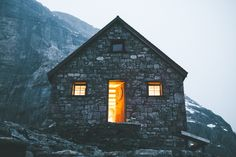 jaymegordon:    Abbot Pass Hut  Jayme Gordon   Check out my Instagram! @jayme_gordon  The Best of Bushcraft and Survival - http://ift.tt/2lhc8iK
