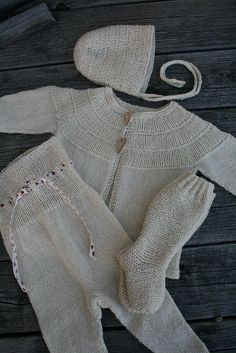 hentesett Knitting For Kids, Baby Knitting Patterns, Other Outfits, Cardigans, Sweaters, Rompers, Pullover, Wool, Creative Ideas