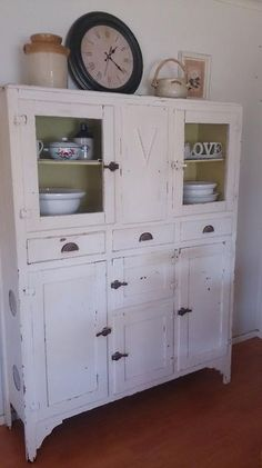 Kitchen Dresser, Kitchen Cupboard, Vintage Kitchen, Furniture Making,  Primitive Furniture, Fixer Upper, Annie Sloan, Kitchen Ideas, Storage Ideas