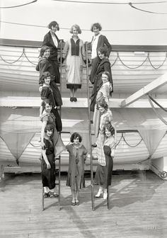 Shorpy Historic Picture Archive :: The Dancing Dozen: 1925 Arriving from England, 12 chorus girls in the troupe originated by British musical-theater impresario and precision-dancing pioneer John Tiller. high-resolution photo