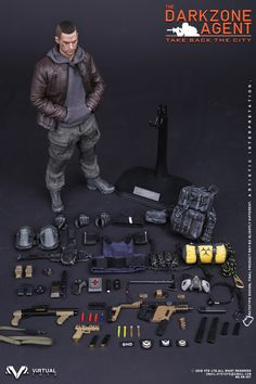 Tom Clancy& The Division is an open world third-person shooter video game developed by Ubisoft Massive and published by Ubisoft, with assis. Gi Joe, The Division Cosplay, The Division Gear, Coleccionables Sideshow, Third Person Shooter, Military Action Figures, Tom Clancy The Division, Toy Soldiers, Special Forces