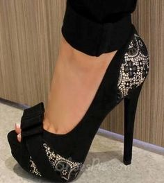 Glamorous Black Flower Print Peep Toe Heels cute shoes