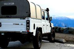 Land Rover : Defender 130