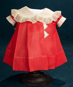 Shirley Temple: Collections: 144 Yellow Cotton Dress with Smocking for Shirley Temple Doll Vintage Kids Fashion, 40s Fashion, Vintage Style Outfits, Ag Doll Clothes, Dance Dresses, Shirley Temples, Cotton Dresses, Smocking, Girl Outfits