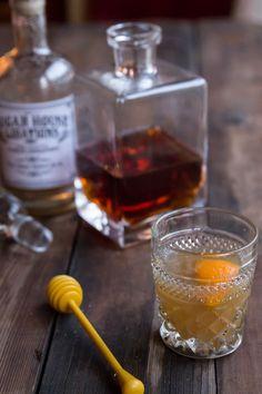 Ginger Hot Toddy Recipe • theVintageMixer.com #cocktails
