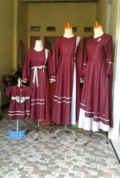 Abaya Fashion, Muslim Fashion, Women's Fashion Dresses, Chaniya Choli For Kids, Dress Batik Kombinasi, Bollywood Dress, Baby Clothes Patterns, Muslim Dress, Kurti Designs Party Wear